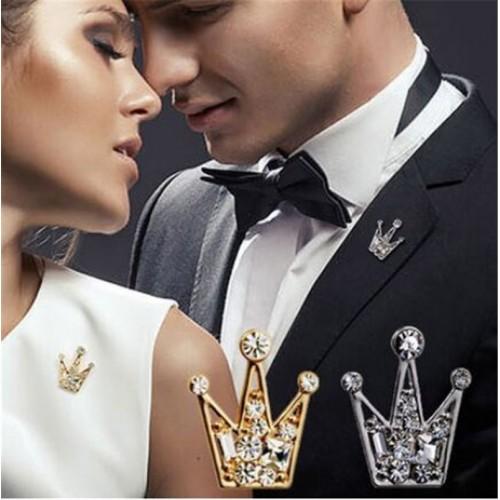 Brosa coroana cu pietre