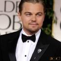 Brosa masca fericita Leonardo DiCaprio