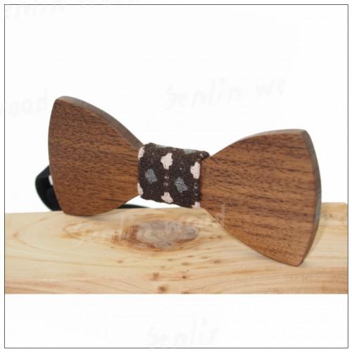Papion din lemn Plus