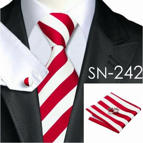 Cravata dungata