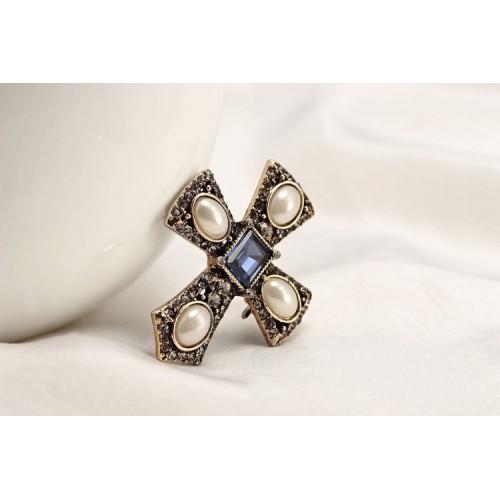 Brosa cruce Exquisite
