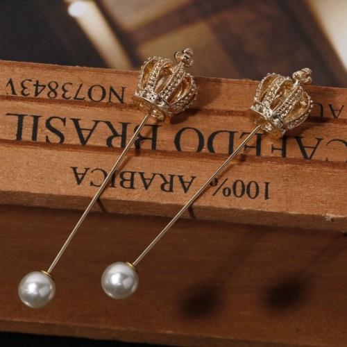 Brosa coroana cu perla